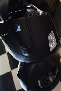 Vespa Notte (ベスパ ノッテ) GTS Super 300 & Sprint150ABS 登場! - SCSブログ