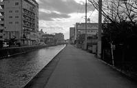 川べの道 - そぞろ歩きの記憶
