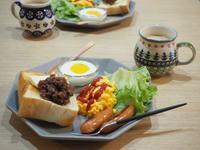 ペリカンのパンで朝ごはんと、おやつと、ムンク展♪ - 365のうちそとごはん*:..。o○☆゚