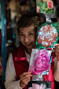 ミミさんたちの写真展「薔薇地獄」へ - ライカとボクと、時々、ニコン。