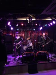 年内最後のライブ終了~! - 69 ROCK YOU ロックユー