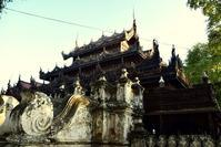 マンダレー旅行記木彫り細工が見事なシュエナンドー僧院 - 明日はハレルヤ
