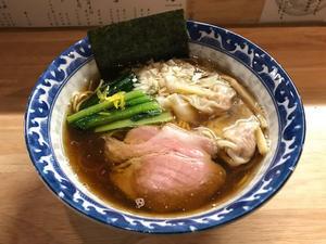 金沢(安江町):麺屋 白鷺 「ワンタン煮干しそば(しょう油)」 - ふりむけばスカタン