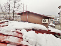 「浦佐びしゃもん亭」の屋根の水量調整に冷や汗を流しました - 浦佐地域づくり協議会のブログ
