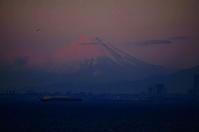 おぼろげなる富士 - 風の香に誘われて 風景のふぉと缶
