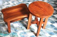 オールドチーク材のスツールとサイドテーブル・味わいを増していくもの達 - 時を刻む革小物 Many CHOICE~ 使い手と共に生きるタンニン鞣しの革