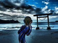 ムンク千葉の海辺で叫び - 風の香に誘われて 風景のふぉと缶
