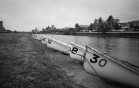 人待ち顔の真冬の手漕ぎボート - Film&Gasoline