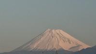 12月21、日我が家の駐車場から見た富士山です -   心満たされる生活