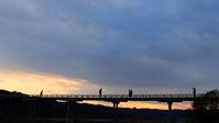 ジャンケンポン! - 長い木の橋
