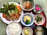 チキンソテー★(^^♪・・・・・700円ランチ - 日だまりカフェ
