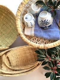 楕円ざるや茶碗カゴが入荷しています。 - CROSSE 便り