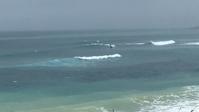 台湾佳楽水 今日の波 腰サイズ 雨サイドオン - 台湾サーフィン 佳楽水は今日もいい波    佳楽水好浪!
