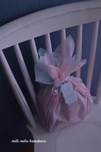 ◆ラッピング*娘のプレゼント交換用・バレエの衣装みたいなギフト♪ - フランス雑貨とデコパージュ&ギフトラッピング教室 『meli-melo鎌倉』