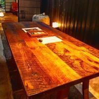 古材テーブルの魅力 - 無垢フローリング.古材屋のブログ  日々・是・感謝・・・。