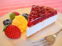 ざくろのレアチーズケーキ:P-factory(弘前市) - 津軽ジェンヌのcafe日記