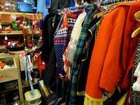 ルイスのアンティーク・モール巡り ファッション&布物編 -  Der Liebling ~蚤の市フリークの雑貨手帖2冊目~