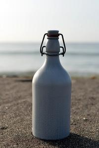 酒瓶 - こんなものを見た2