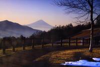 30年12月の富士(18)八ヶ岳山麓の富士 - 富士への散歩道 ~撮影記~