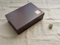 箱 - 本と箱とステッチ。