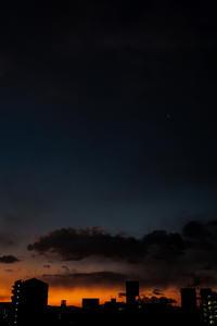 『起きて、空が綺麗だよ』 - Omoブログ