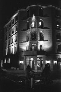 プラハの夜は東欧フィルムで - Film&Gasoline