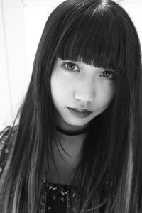 成美ちゃん9 - モノクロポートレート写真館