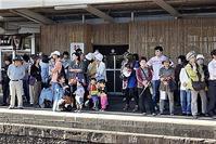 藤田八束の鉄道写真@九州のリゾート列車はこれからの日本の観光事業のお手本となる、鉄道と地方文化を大切にする観光事業、「ななつ星」写真 - 藤田八束の日記