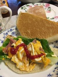 今天我早餐吃了三明治(╹◡╹)♡ - 桃的美しき日々