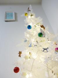 まだ出ています★クリスマスツリーです - 月夜飛行船