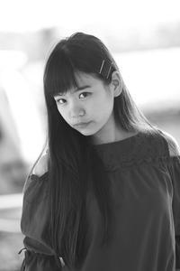 三浦彩楓ちゃん21 - モノクロポートレート写真館