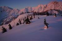 初日の雪嶺 - 人生山あり