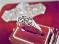 不思議な魅力のダイヤモンドリング - AntiqueJewellery GoodWill