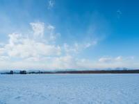 マイナス15℃の朝、快晴、雪雲は日高山脈がブロック! - 十勝・中札内村「森の中の日記」~café&宿カンタベリー~