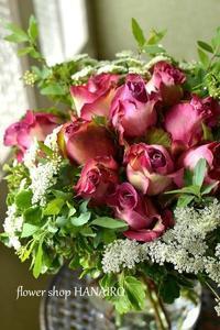 バラ「オリビアグリーン」の花束。 - 花色~あなたの好きなお花屋さんになりたい~