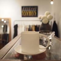 白いカップ&ソーサー - warble22ya