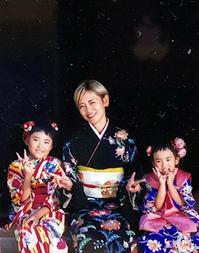 753ご姉妹とお母様揃って素敵な着物姿でお写真撮り☆ - それいゆのおしゃれ着物レンタル