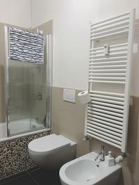 ダイニング・バスルーム・キッズルームのイタリア式暖房 - イタリア空間