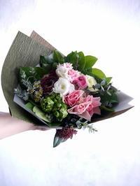 お誕生日の花束。女性へ。東区北25条にお届け。2019/01/08。 - 札幌 花屋 meLL flowers