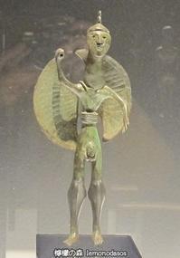 紀元前700年の戦士のブロンズ像(おそらくアキレウス) - 日刊ギリシャ檸檬の森 古代都市を行くタイムトラベラー