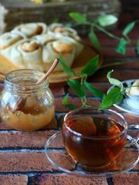 アップルシナモンロールパン朝ごはん - ゆきなそう  猫とガーデニングの日記