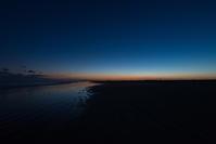 今日の夕焼け、黄昏時。 - 東に向かえば海がある