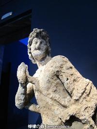 古代沈没船から引き揚げられたアキレウス像 - 日刊ギリシャ檸檬の森 古代都市を行くタイムトラベラー