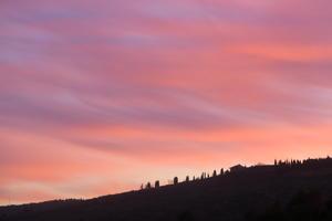 夕焼けの丘の向こうに - なおこのイタリア写真草子 Fotoblog da Perugia