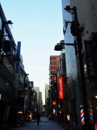 日本橋 16時 (´艸`*) - のーんびり hachisu 日記