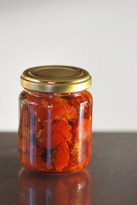 1/14ドライトマトのオリーブ漬け - 「あなたに似た花。」