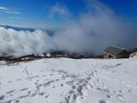 日本百名山雪の伊吹山 (1,377.3M)    登頂 編 - 風の便り