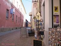 小さくてのんびり「アルバ」の街 - イタリアワインのこころ
