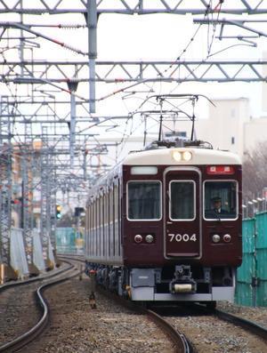 阪急7004F 返却回送 - 人生・乗り物・熱血野郎
