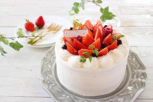 いちごのデコレーションケーキ - おうちカフェ*hoppe